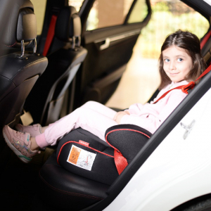 صندلی ماشین کودک 4 سال به بالا